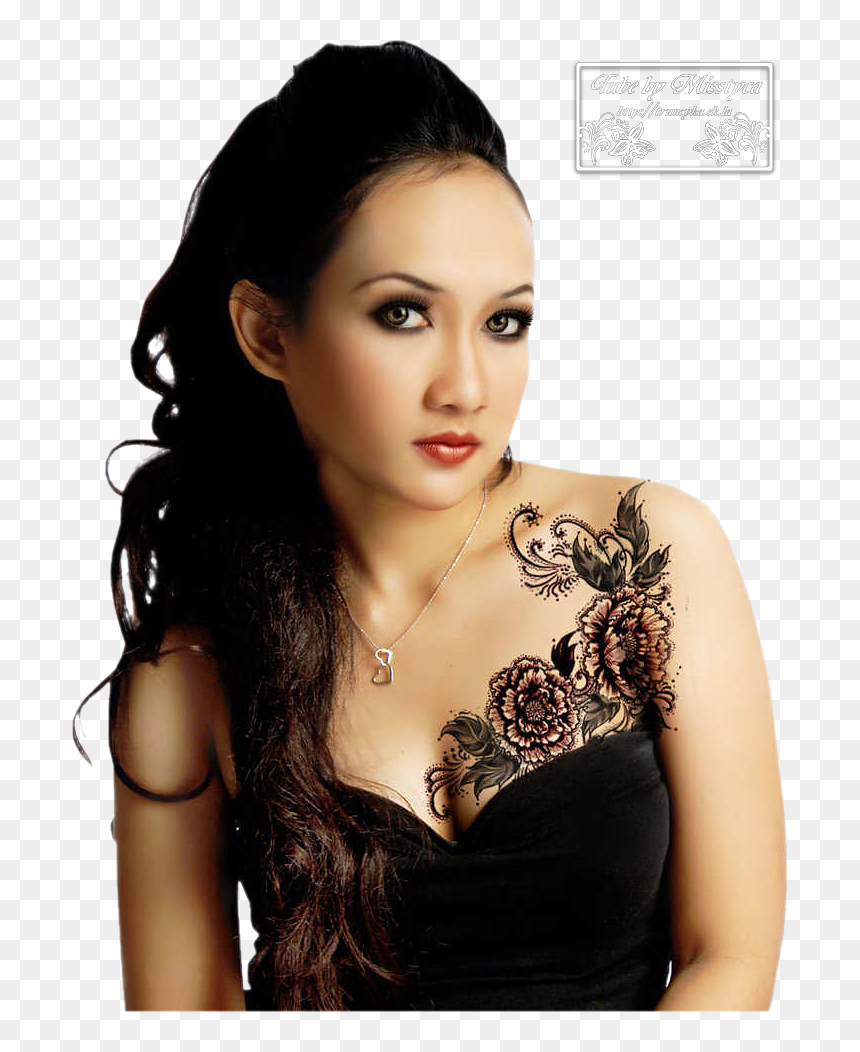 Upper Chest Tattoo Female Hd Png Download Vhv